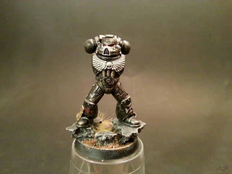 "Ehrwürdiger ""Black Templar"" Cybot *Loro*  K800_215"