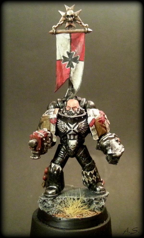 "Ehrwürdiger ""Black Templar"" Cybot *Loro*  K800_217"