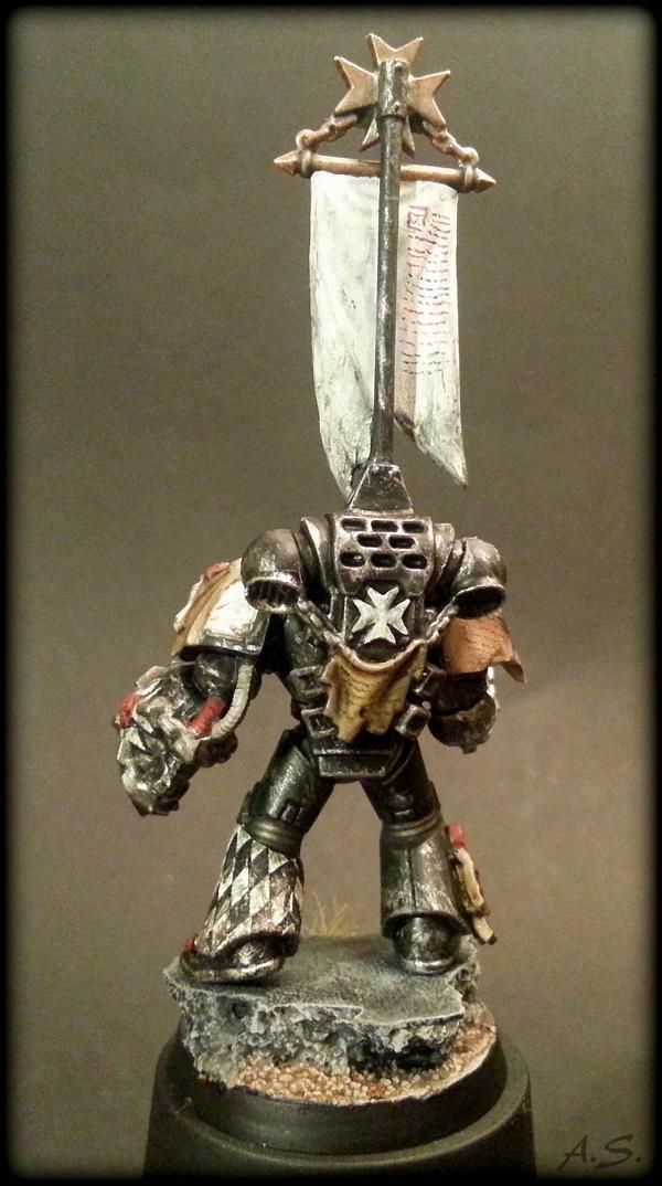 "Ehrwürdiger ""Black Templar"" Cybot *Loro*  K800_221"