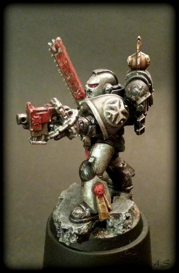 "Ehrwürdiger ""Black Templar"" Cybot *Loro*  K800_223"