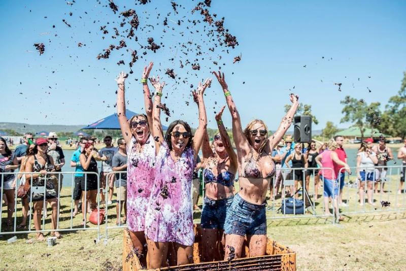 Quelques-uns des festivals les plus cools et déjantés de la  145