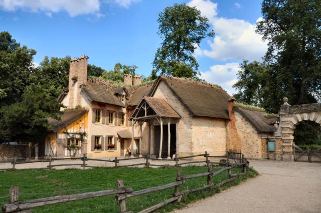 La ferme du hameau du Petit Trianon - Page 2 Vers_f10
