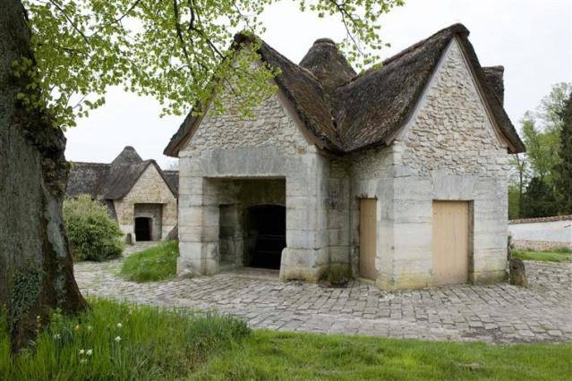 La ferme du hameau du Petit Trianon - Page 2 Vers_g10