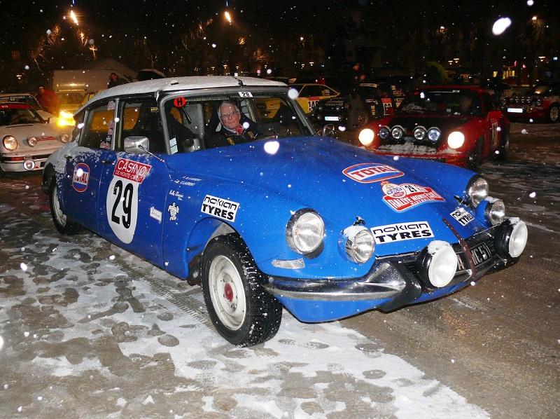 Rallye Monte-Carlo historique 2015 - CH du Puy-en-Velay (1) P1240843
