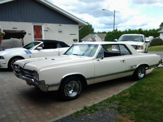 Beau oldsmobile a mon gout - Page 3 Oldsmo12