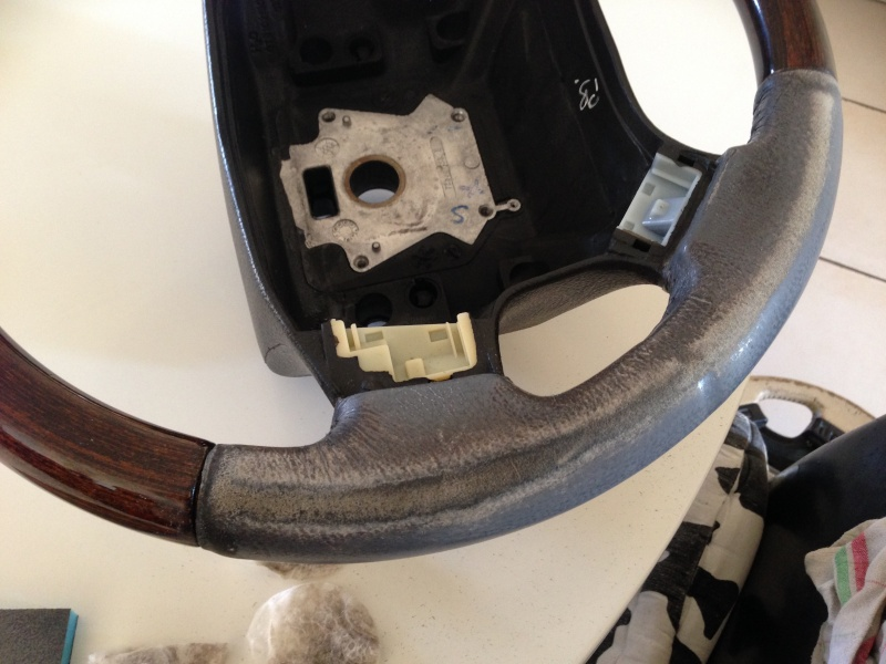 [TUTORIAL] Refection cuir d'un volant P38 Img_1920