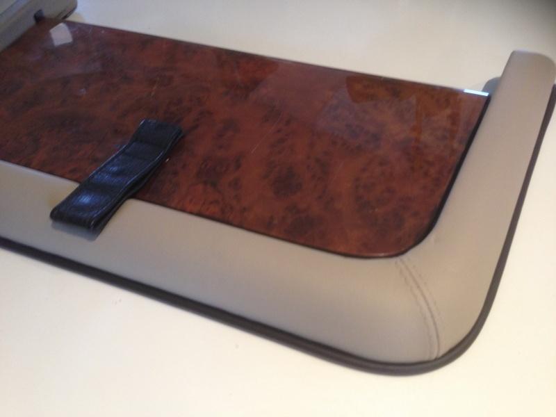 [GUIDE] Changement de teinte des tables picnic en cuir Img_2030