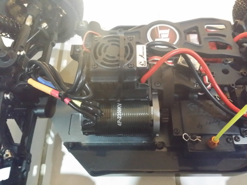 HobbyTech Buggy EPX2 1/8 tt 20150222
