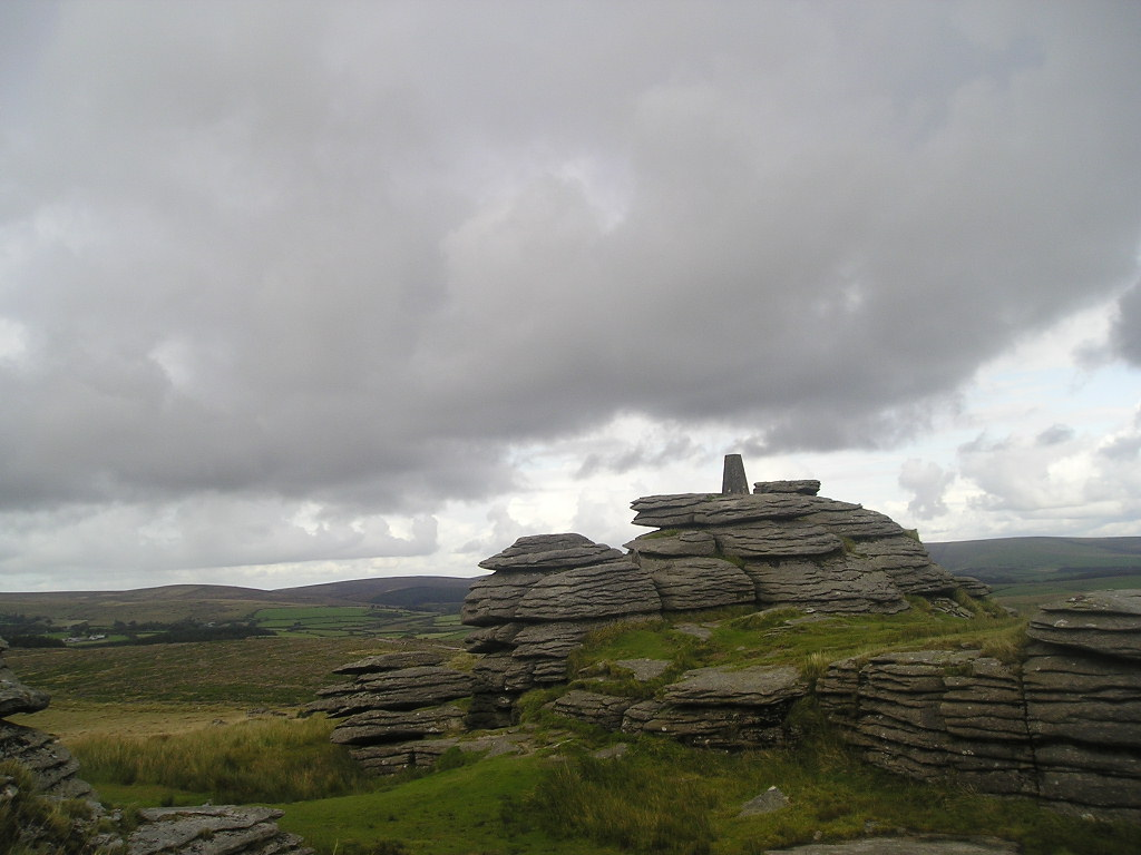 The Dartmoor history and haunting grounds Bellev10