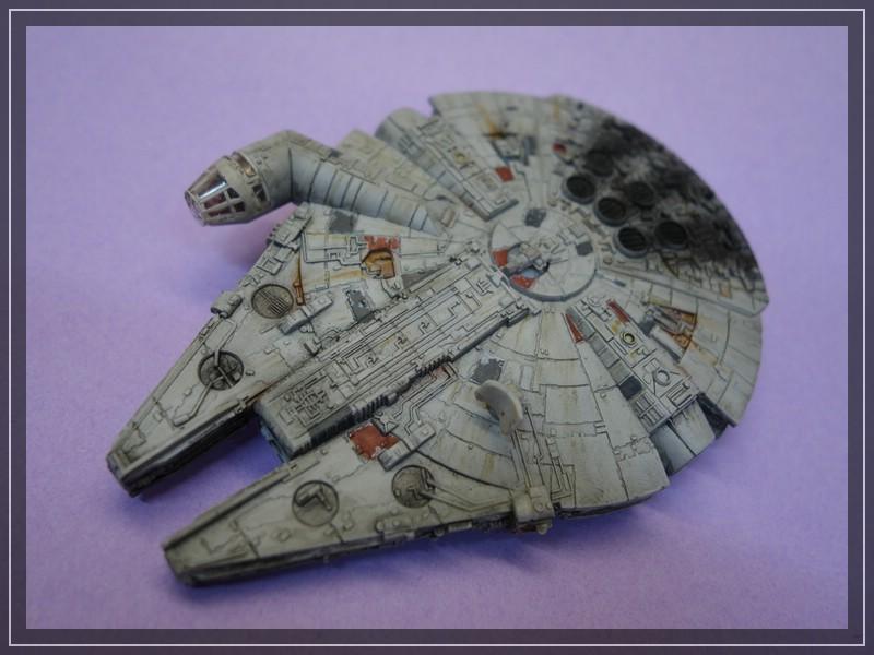 Star Wars Millenium Falcon (Maßstab unbekannt, aber verdammt klein) Comp_d19