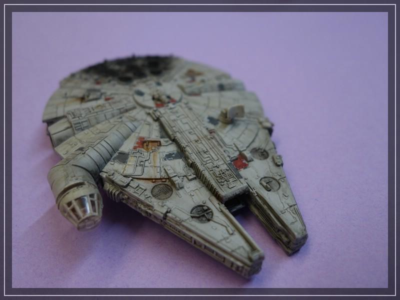 Star Wars Millenium Falcon (Maßstab unbekannt, aber verdammt klein) Comp_d20