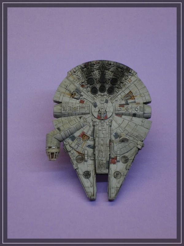 Star Wars Millenium Falcon (Maßstab unbekannt, aber verdammt klein) Comp_d21