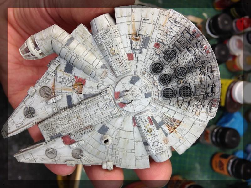 Star Wars Millenium Falcon (Maßstab unbekannt, aber verdammt klein) Comp_i75
