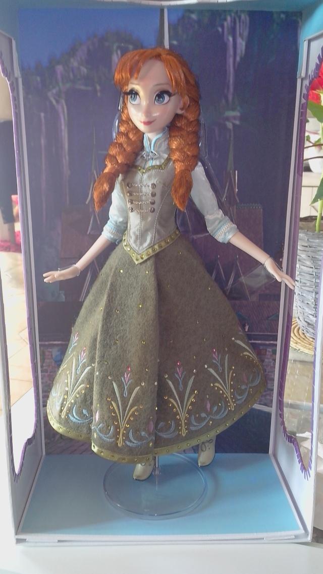 Disney Store Poupées Limited Edition 17'' (depuis 2009) - Page 5 Img_2028