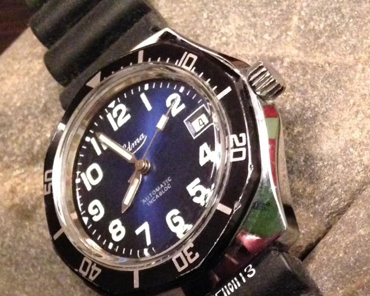 Studio sub : aimez vous les montres bleues? Edma_113