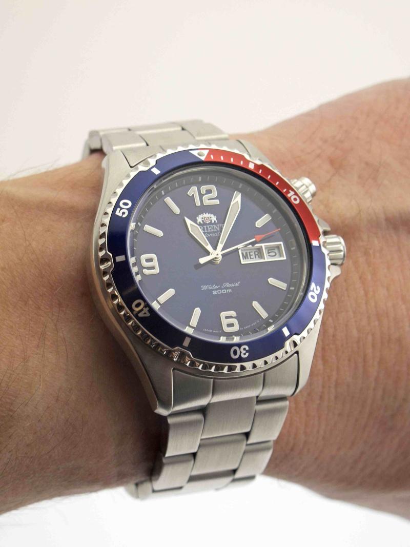 Studio sub : aimez vous les montres bleues? - Page 2 Orient12