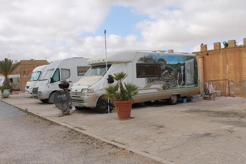 Qui connait ce Camping Car Img_1710
