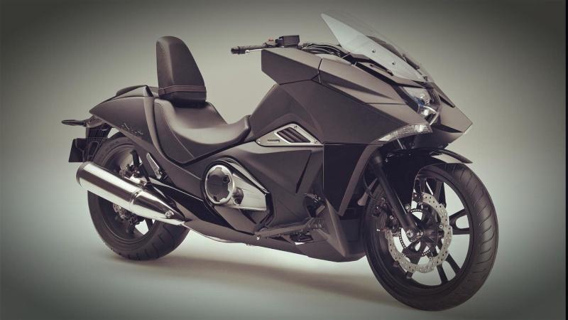 Encore la bêtise parisienne : interdire moto d'avant 2000, voiture avant 97 - Page 3 20111