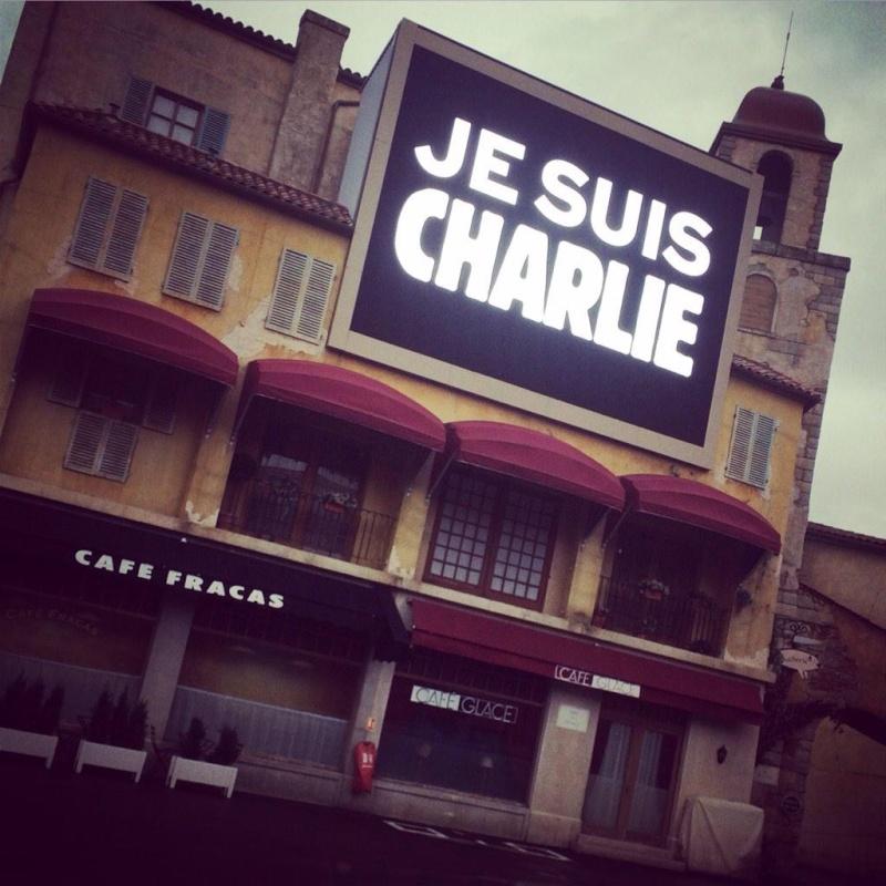 Minute de silence dans les parcs et en coulisses, en hommage aux victimes de l'attentat chez Charlie Hebdo (8 janvier 2015) Img_2818