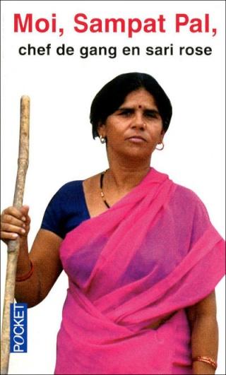 Moi, Sampat Pal : chef de gang en sari rose Moisam10