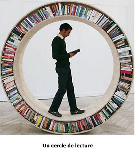 J'ai pu finir ma nouvelle bibliothéque oups Bi_210