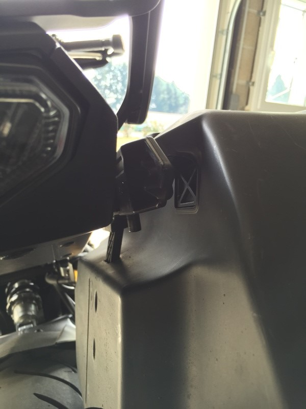 Montage de valises rigides Yamaha City (TDM/FJR) 210