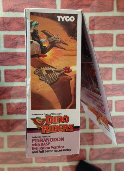DINO RIDERS PTERANODON MIB TYCO - € 120 Ptera_16