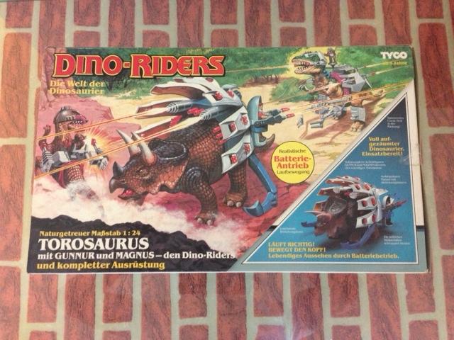 dino riders - DINO RIDERS TOROSAURUS MIB TYCO - € 220 Toro_110