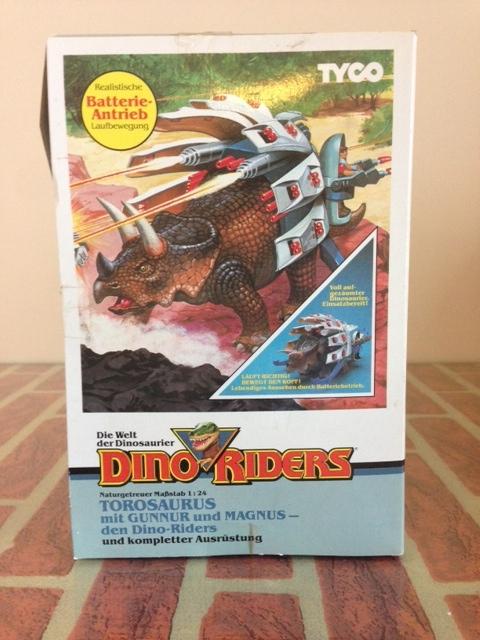 dino riders - DINO RIDERS TOROSAURUS MIB TYCO - € 220 Toro_510