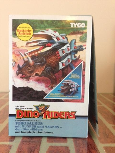 dino riders - DINO RIDERS TOROSAURUS MIB TYCO - € 220 Toro_610