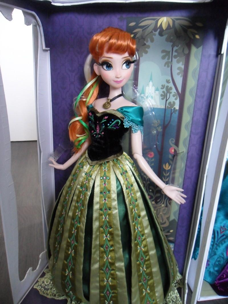 Disney Store Poupées Limited Edition 17'' (depuis 2009) - Page 3 Sam_4015