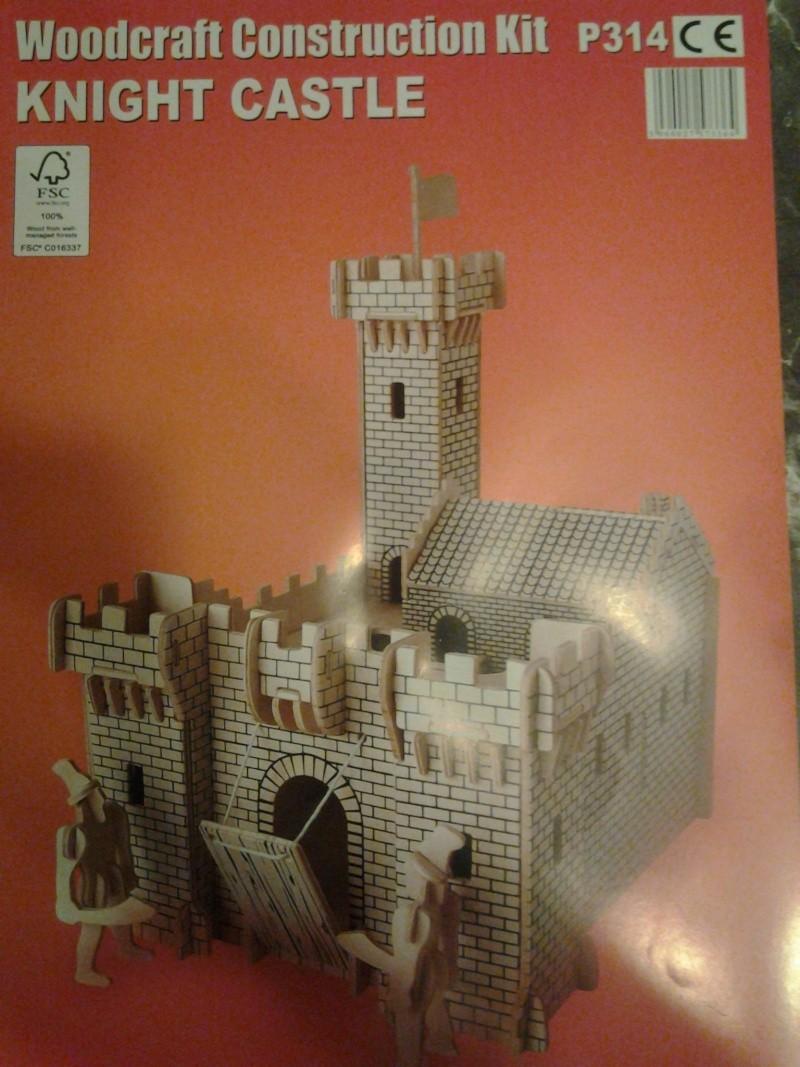 Burg aus Holz zur kompletten Überarbeitung 2014-110
