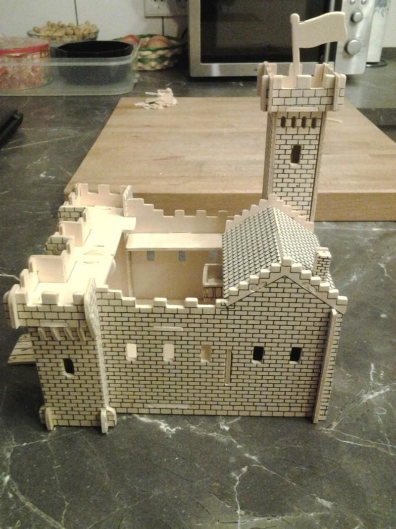 Burg aus Holz zur kompletten Überarbeitung 2014-113