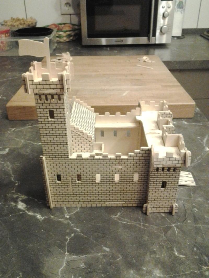 Burg aus Holz zur kompletten Überarbeitung 2014-115
