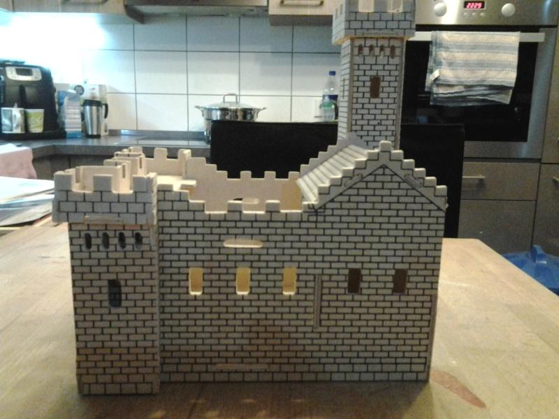 Burg aus Holz zur kompletten Überarbeitung 2015-014