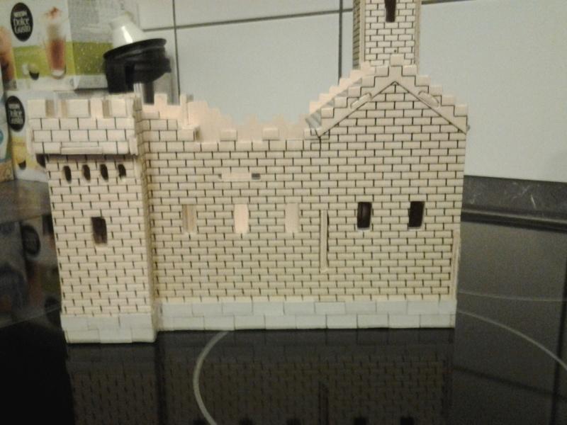Burg aus Holz zur kompletten Überarbeitung 2015-019