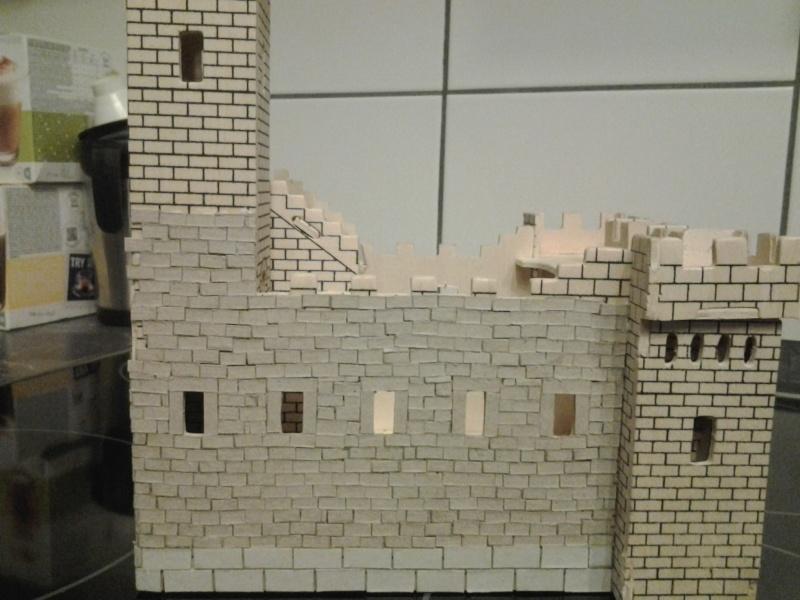 Burg aus Holz zur kompletten Überarbeitung 2015-020