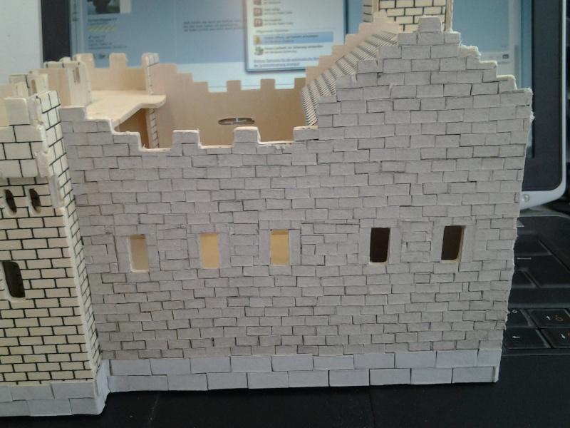 Burg aus Holz zur kompletten Überarbeitung 2015-021