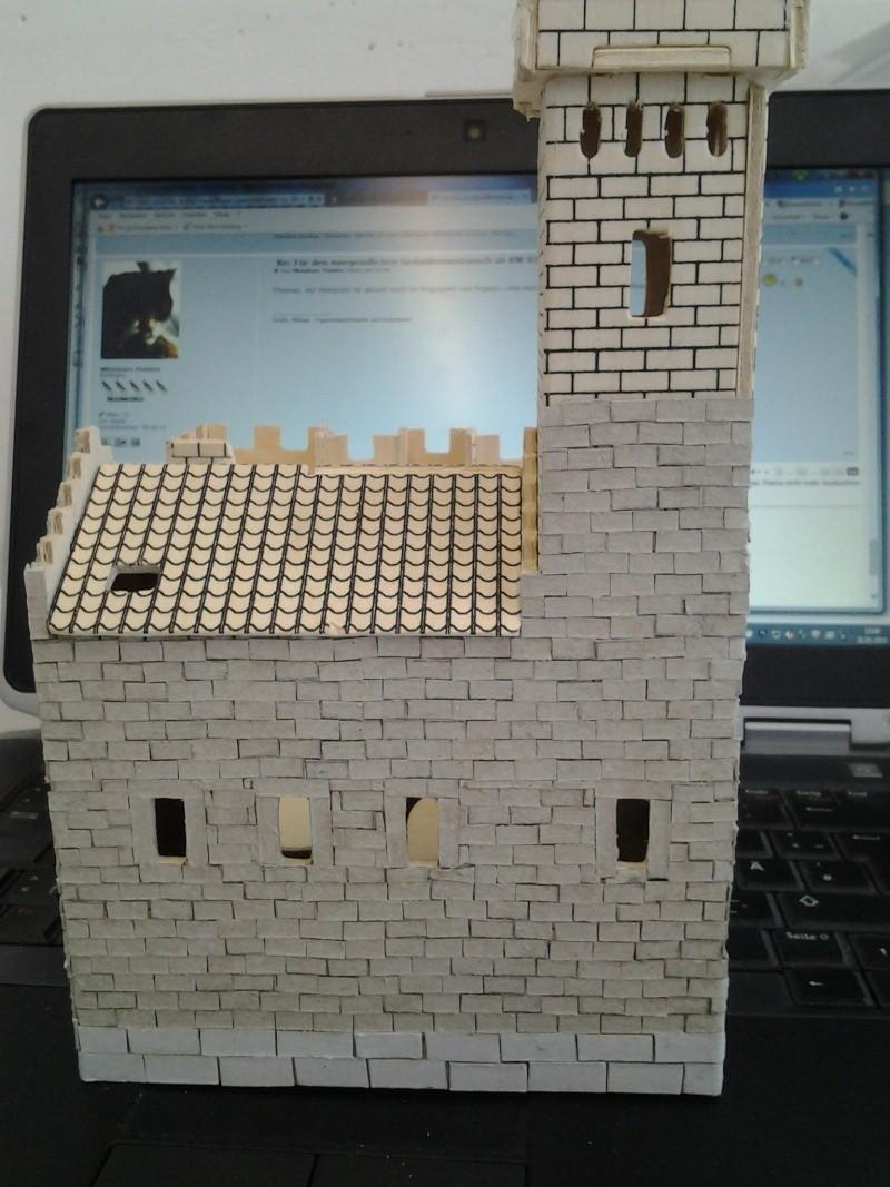 Burg aus Holz zur kompletten Überarbeitung 2015-022