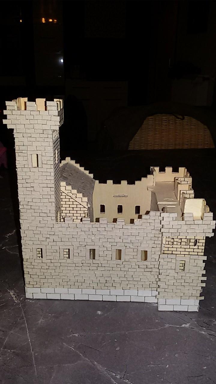 Burg aus Holz zur kompletten Überarbeitung - Seite 4 20150312