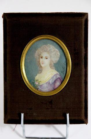 A vendre: miniatures de Marie Antoinette et de ses proches - Page 4 00d19910
