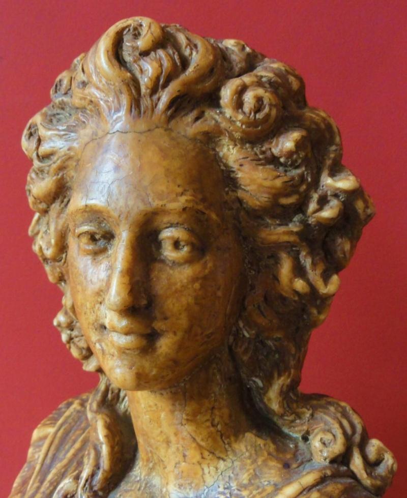 A vendre : buste de Marie-Antoinette ou de Mme Elisabeth ? 10025013