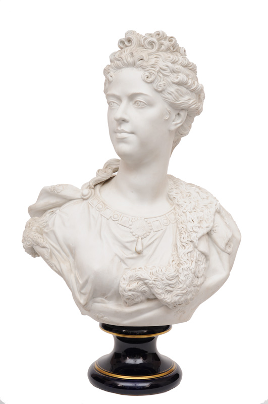 A vendre: bustes de Marie Antoinette? - Page 2 72179-10