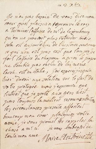 Vente de Souvenirs Historiques - aux enchères plusieurs reliques de la Reine Marie-Antoinette 75af5f10