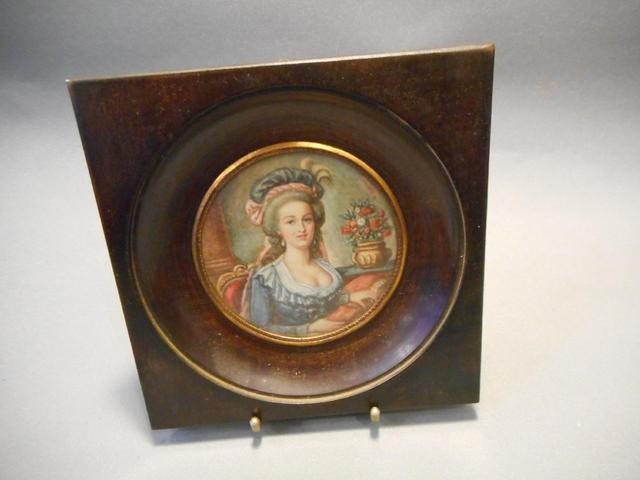 A vendre: miniatures de Marie Antoinette et de ses proches - Page 5 A1829010