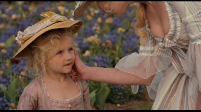 Marie Antoinette avec Kirsten Dunst (Sofia Coppola) - Page 2 Marie210
