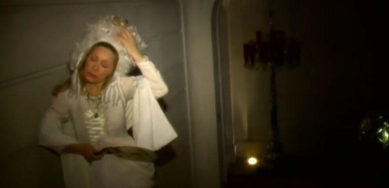 """Marie-Antoinette"" de et avec Bunny Godillot Zwww15"