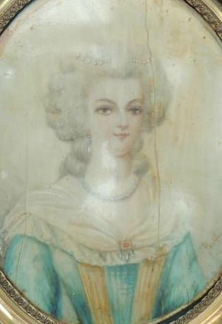 A vendre: miniatures de Marie Antoinette et de ses proches - Page 5 Zzzzz11