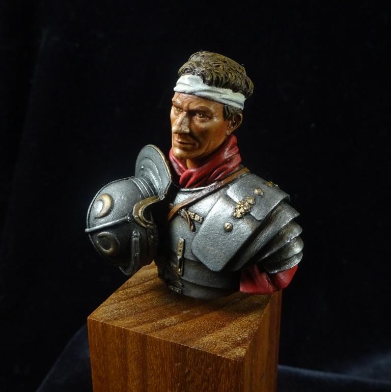 Buste légionnaire romain El Viejo Dragon Dsc01410