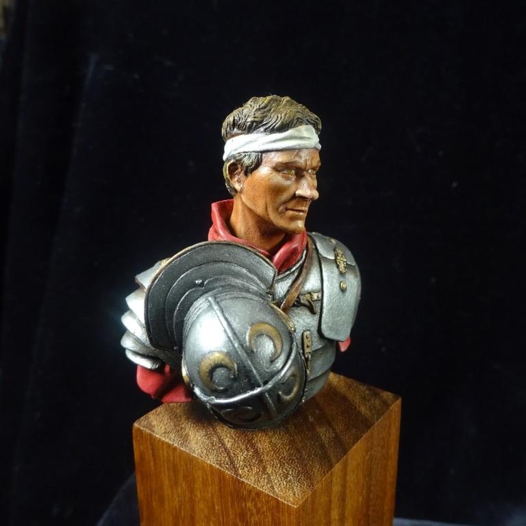 Buste légionnaire romain El Viejo Dragon Dsc01411